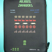 Housse-Tablette_Mulhouse-Space-Invaders_Antoine-Ledermann_01